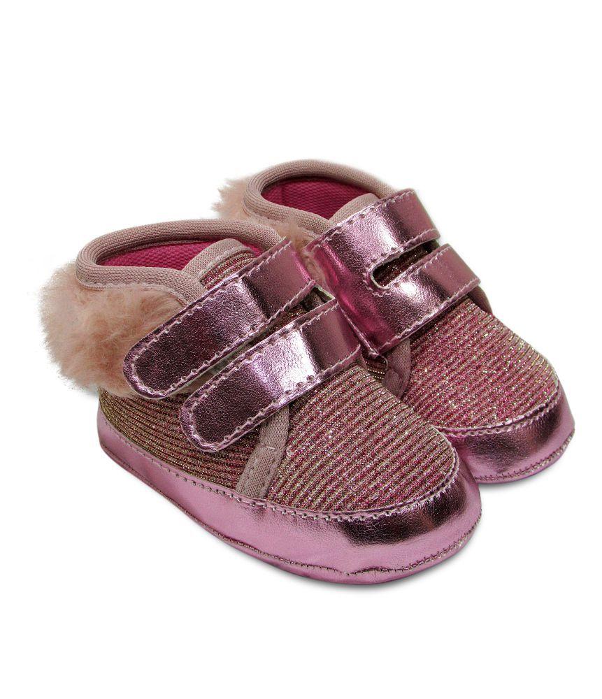 Tênis Bebê Estilo Botinha com Pelinho e Velcro Rosa