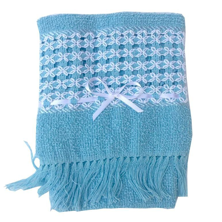 Conjunto Casaquinho e Sapatinhos em Crochê com Toalhinha de Mão Bordada Azul