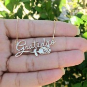 Gargantilha Gratidão e Flor Banhado a Ouro