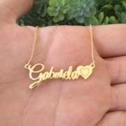 Gargantilha Nome Manuscrito com Coração Banhado a Ouro