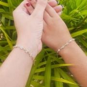 Kit pulseira Tal mãe e tal filha ponto de luz banhado a ouro