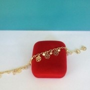 Pulseira Flor e Ponto de Luz Banhada a Ouro