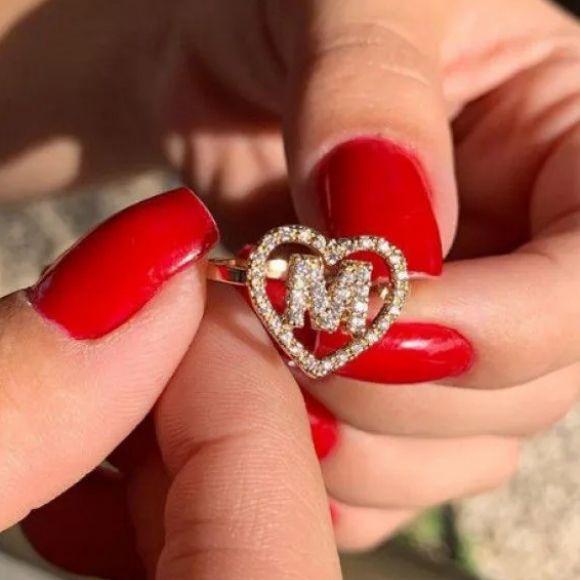 Anel Coração com Letra Inicial Cravejado Banhado a Ouro