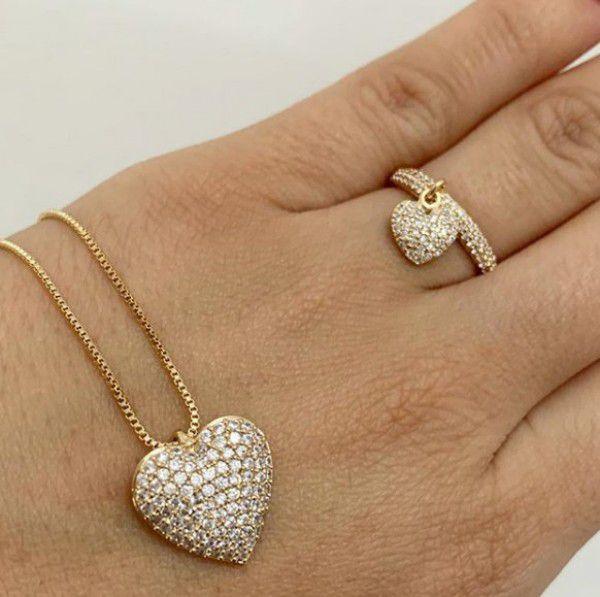 Conjunto Gargantilha + Anel Coração Pendurado Cravejado Banho de Ouro