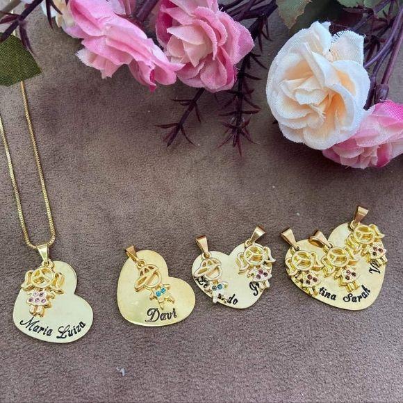 Gargantilha Coração Personalizado e Pingente Filhos (as) Banhado a Ouro 18k