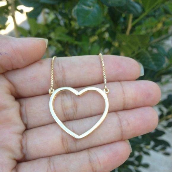 Gargantilha Coração Vazado Banhado a Ouro