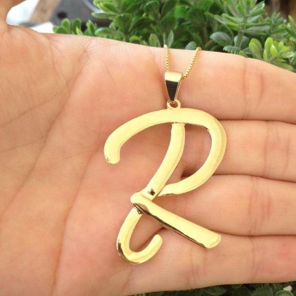 Gargantilha Letra Inicial com 4cm Banhada a Ouro18k
