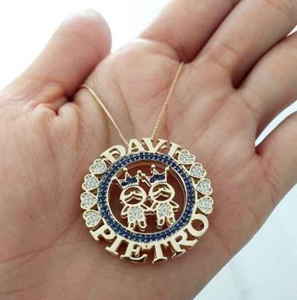 Gargantilha Mandala (Filhos(as) ou Casal) com Coroa Cravejados com Zircônias