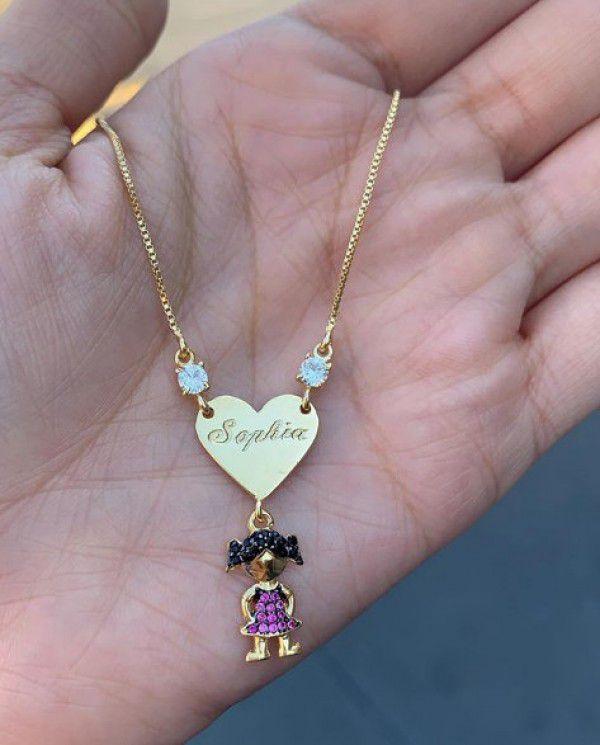 Gargantilha Menina(o) Coração com Nome Personalizado Banhado a Ouro