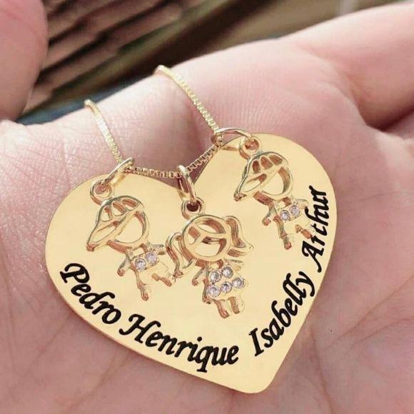 Gargantilha Personalizado Coração com Pingente Filhos Banhado a Ouro