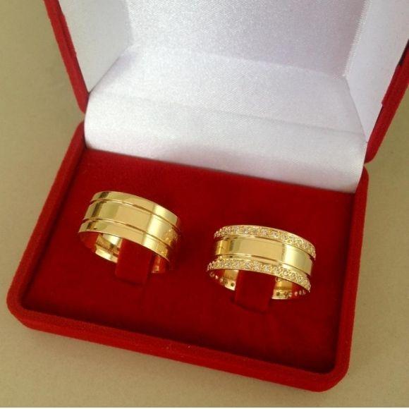 Par de aliança 10mm em prata com banho de ouro