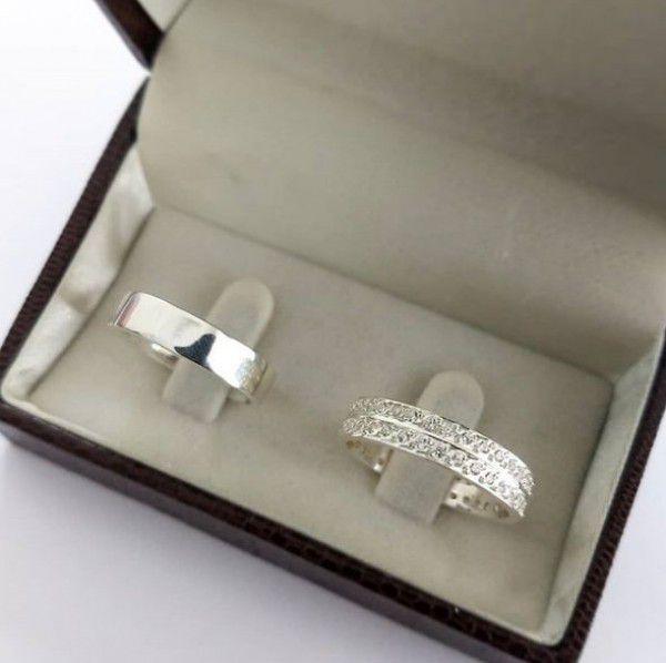 Par de Aliança 5mm Feminina Cravejada Compromisso Namoro em Prata
