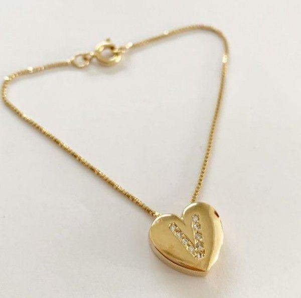 Pulseira Coração Inicial Cravejada Banhada Ouro