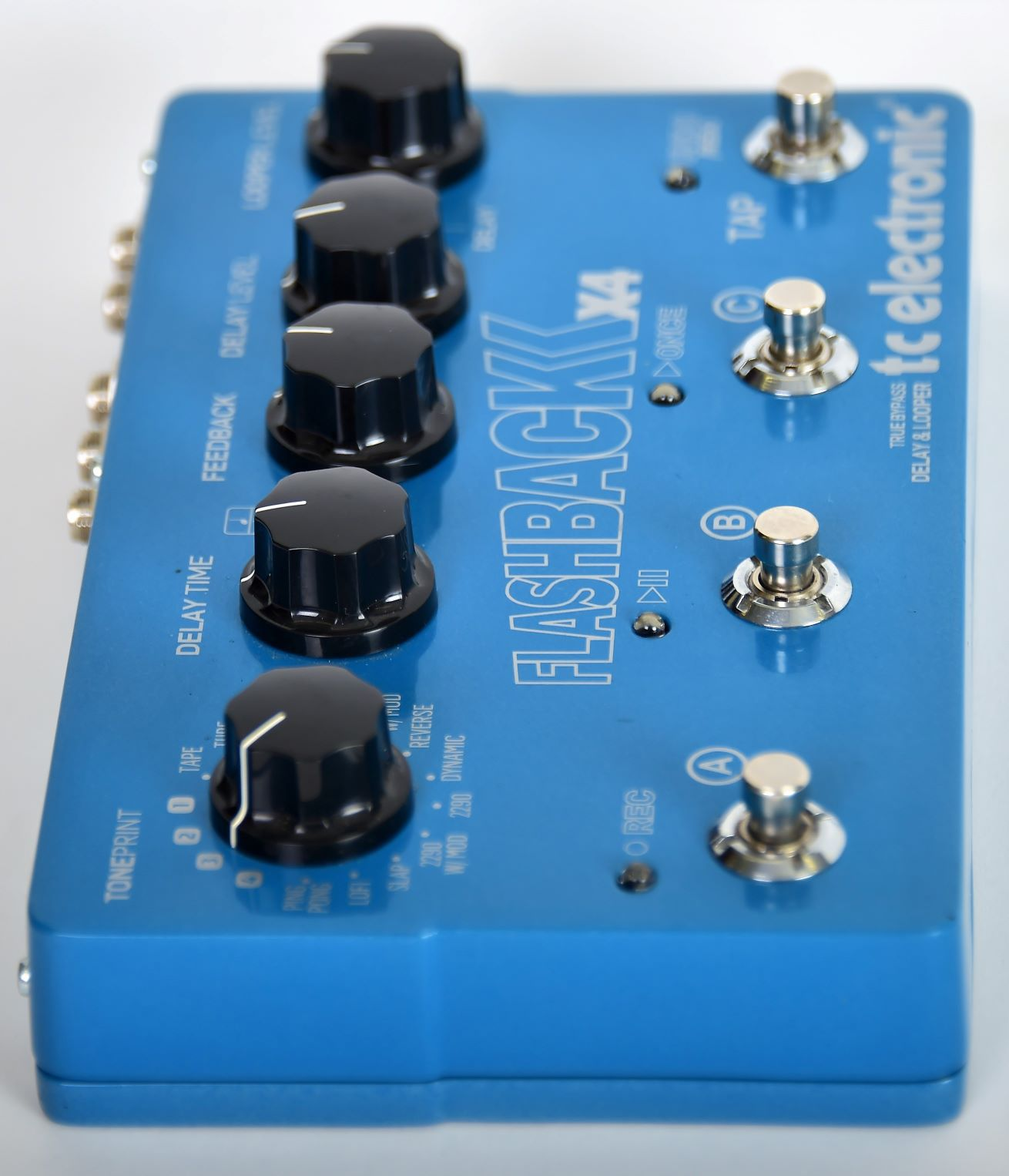 TC Electronic Flashback X4 Delay & Looper Seminovo