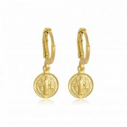 Argola com Medalha de São Bento Folheada a Ouro 18K