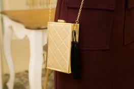 Bolsa Clutch Vertical Dourada