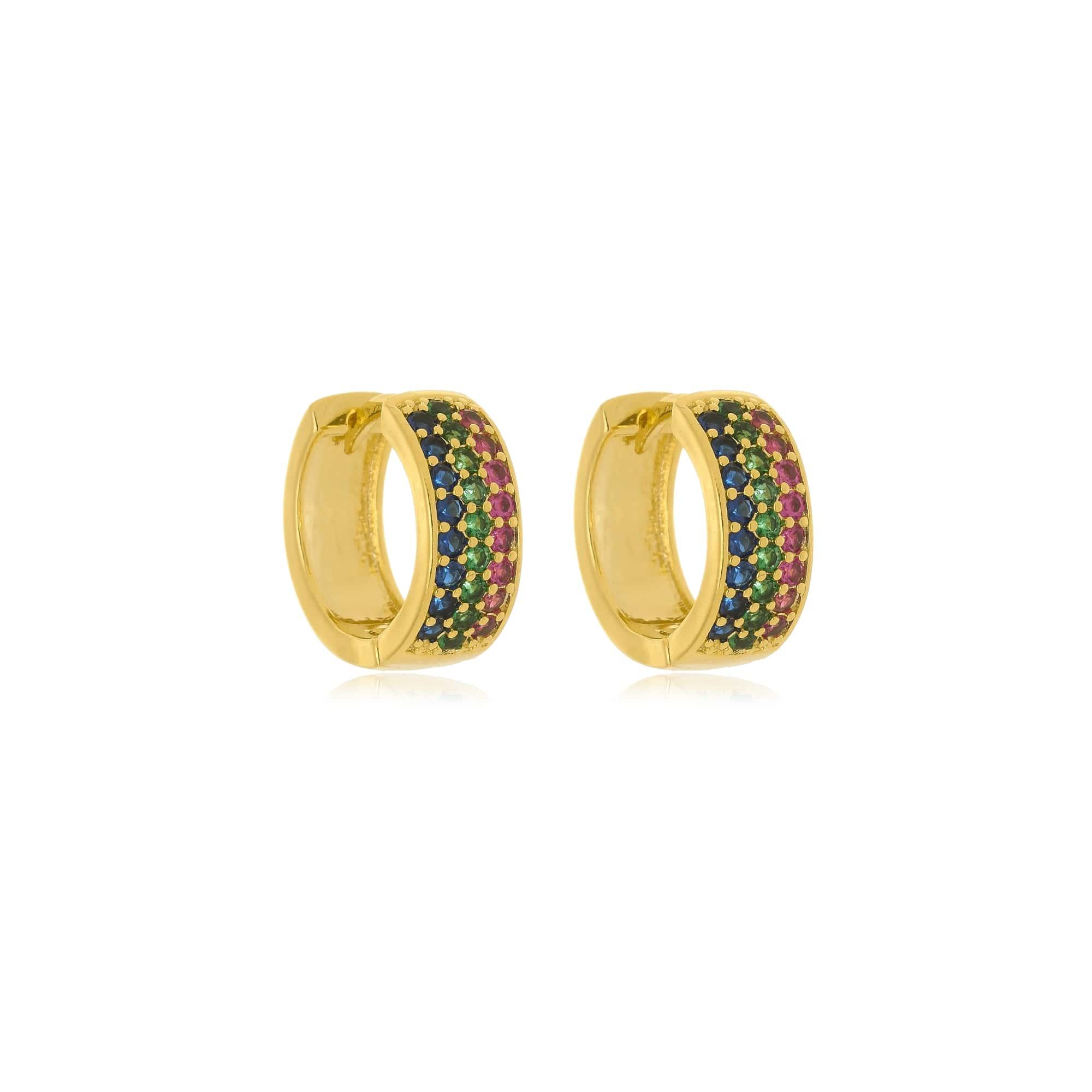 Argola três fileiras de zircônias coloridas folheada a ouro 18K