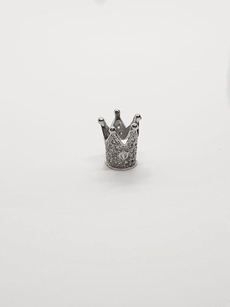 Berloque Coroa com Zircônia Folheado em Ródio Branco