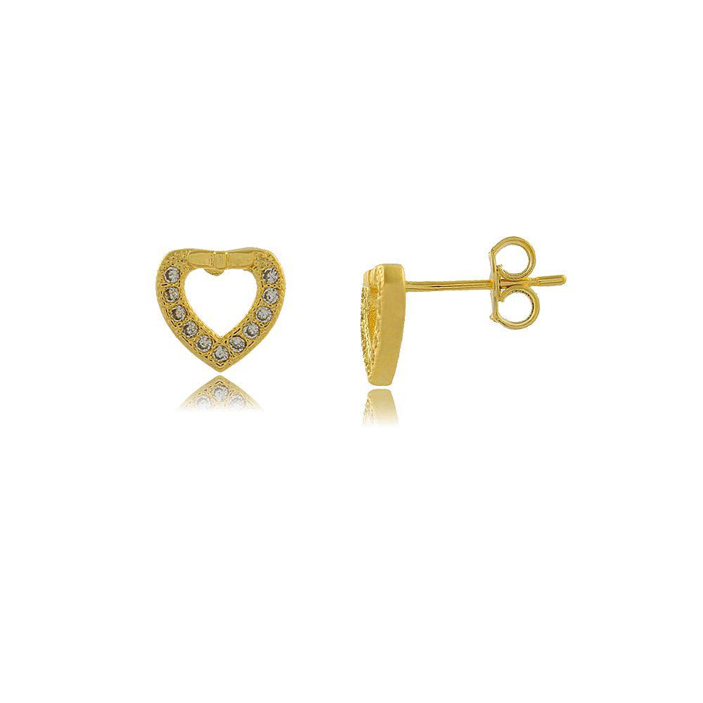 Brinco Coração Vazado com Mini Zircônias Folheado a Ouro 18K