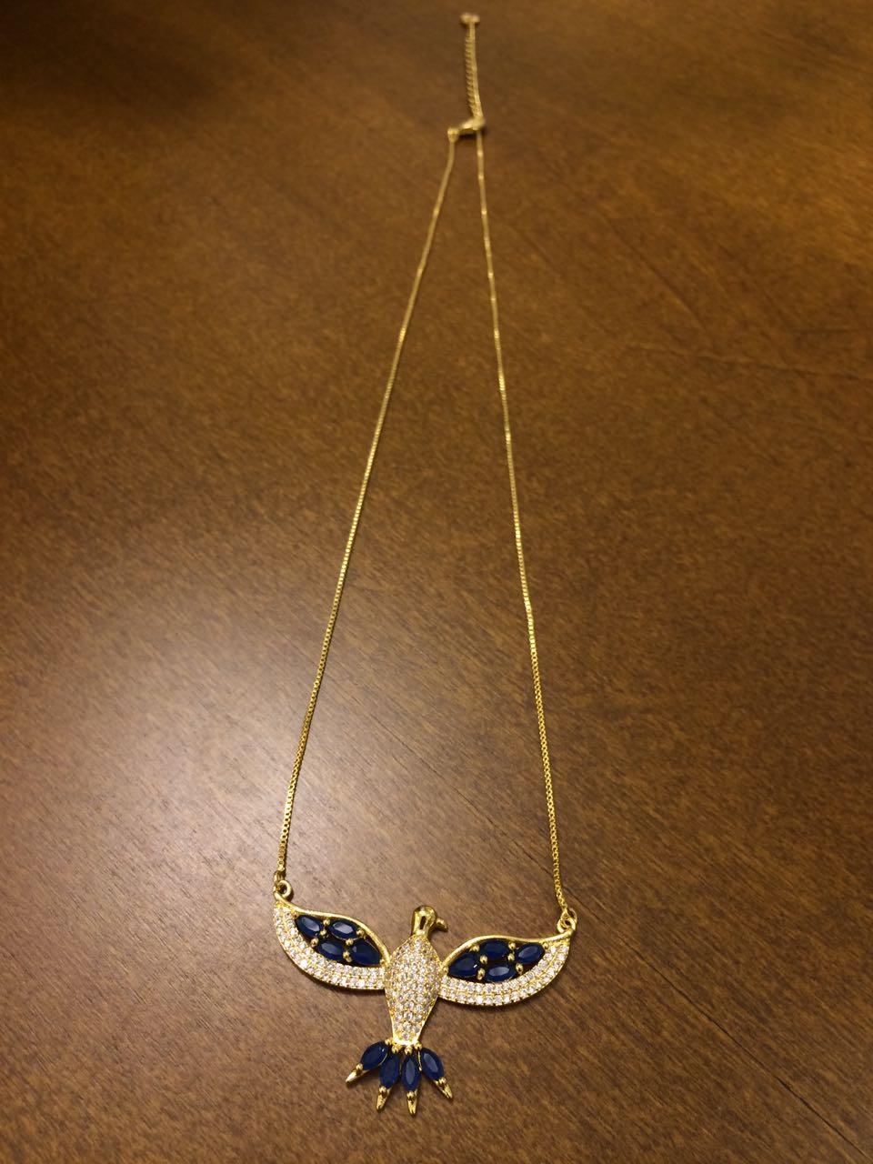 Colar Divino Espirito Santo com Zircônia Azul Folheado Ouro 18K