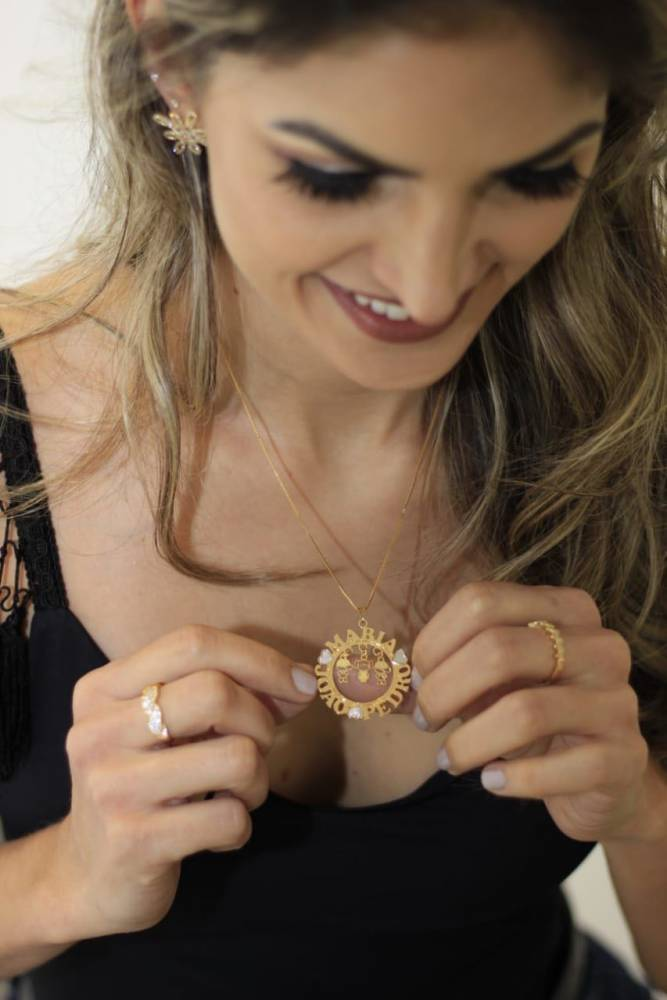 Colar Mandala Personalizado Três Pingentes Folheado a Ouro 18K