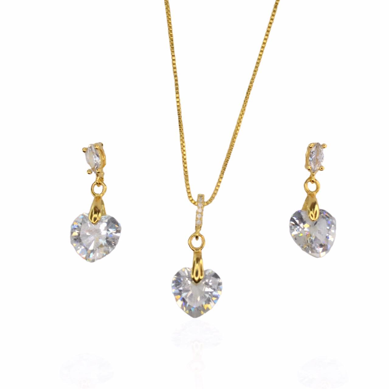 Conjunto colar e brinco coração pêndulo em zircônia folheado a ouro 18K