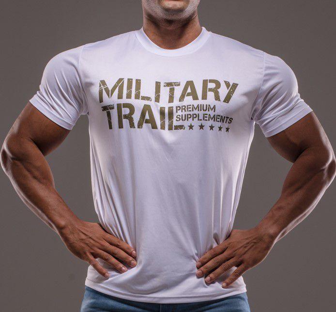 Combo Military Trail: 1 Kamikaze Sabores 300g + 1 Refuel Waxy Maize 1,4kg + Military Shot Gun 20 x 60ml + GRÁTIS 1 Camiseta Military Trail