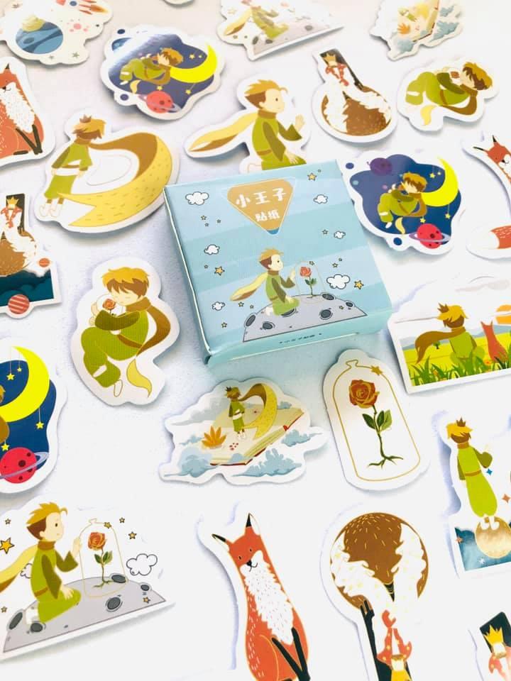 Adesivo caixinha Pequeno Príncipe colorido