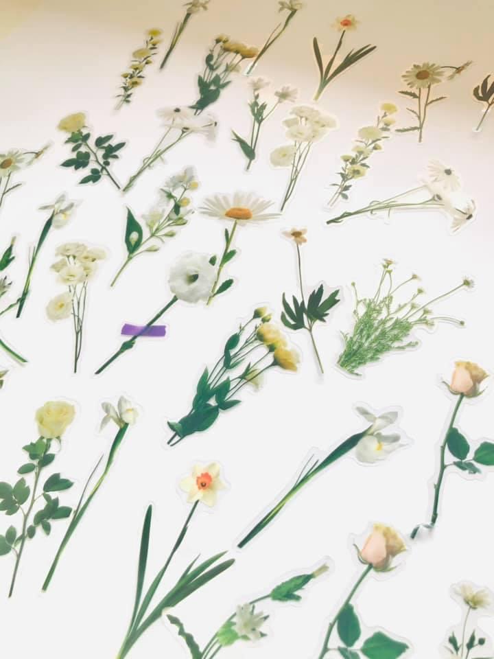 Adesivo Flores delicadas Brancas
