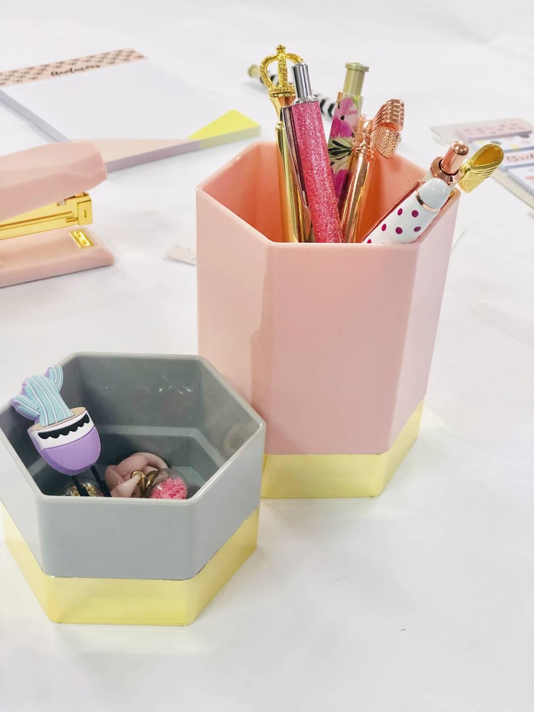 Kit Porta lápis e Porta clips Never