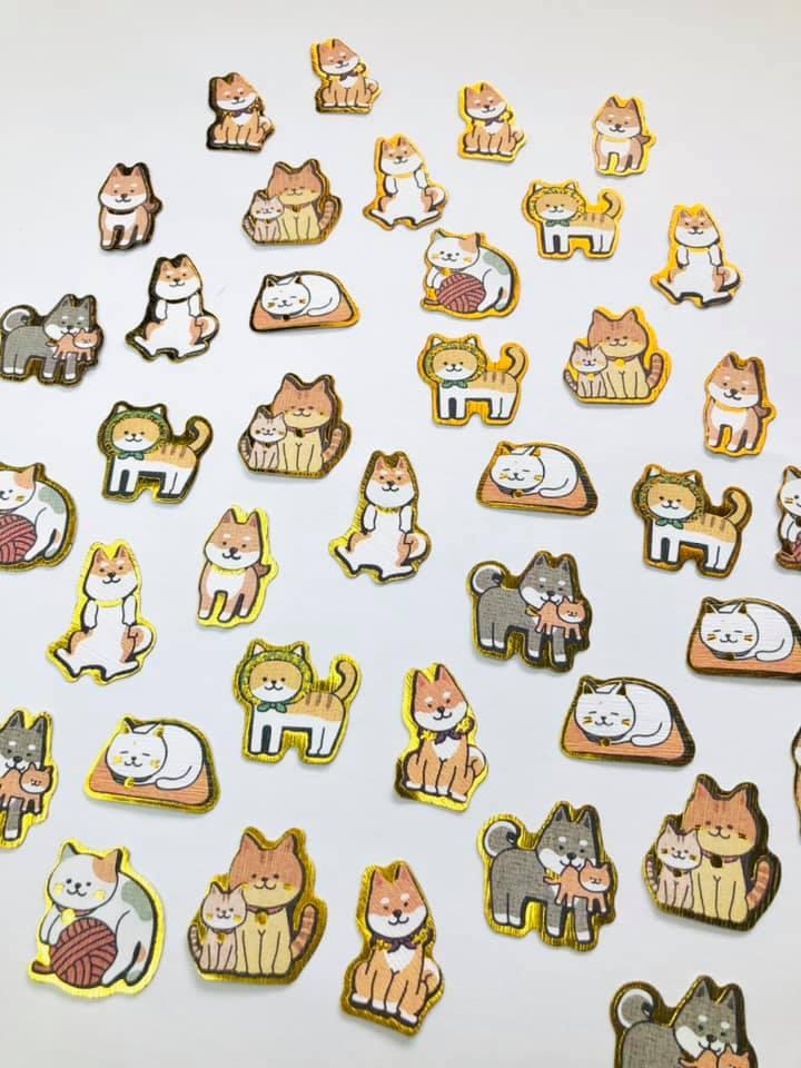 Mini adesivos Cat e Dog dourados