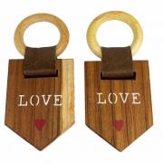 Jogo c/ 2 Argolas tipo flãmula, escrita Love p/Guardanapos em madeira teca c/ Couro Castanho, 7 cm