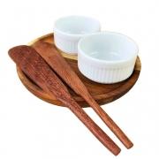 Kit Patê c/ 5 peças,  2 ramekins refratários em porcelana + 2 espátulas + pratinho de madeira teca