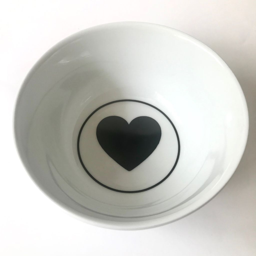 Bowl 600ml Black Heart