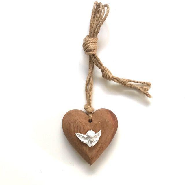 Coração Madeira Querubim Com Fio Rami 8cm