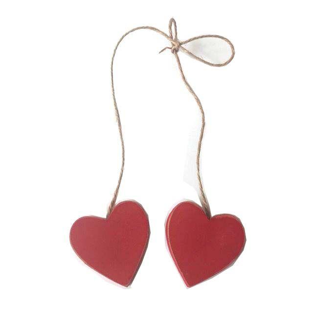 Corações Vermehos no cordão