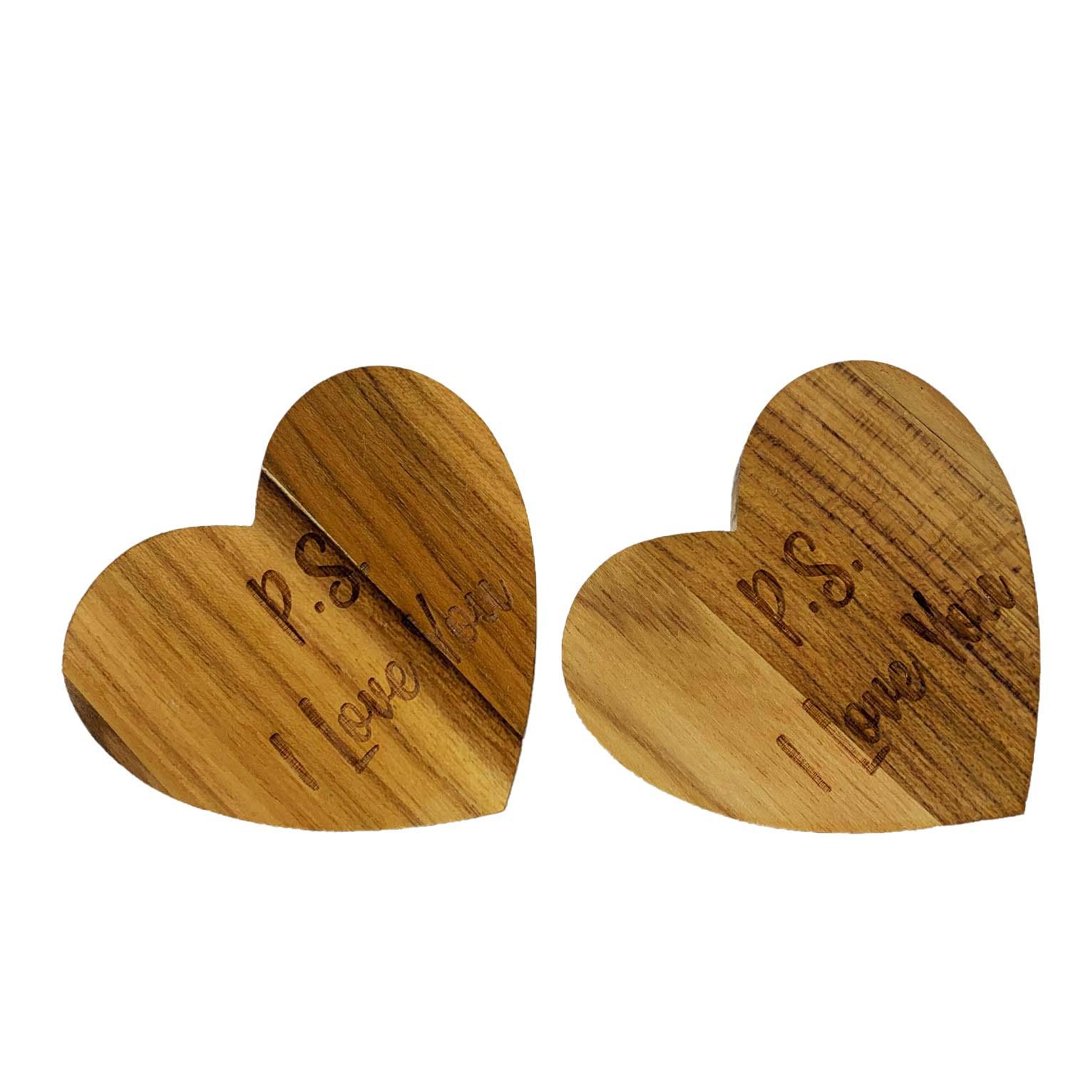 Jogo com 2 Argolas Hearts Madeira Teca escrita P.S. I love you