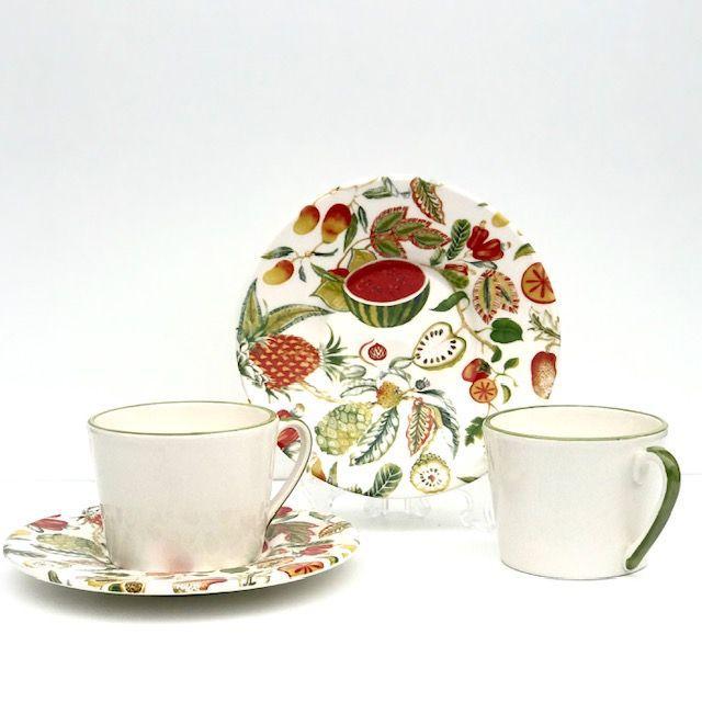 Jogo com 2 Xícaras de Chá com Pires Salada de Frutas Luiz Salvador