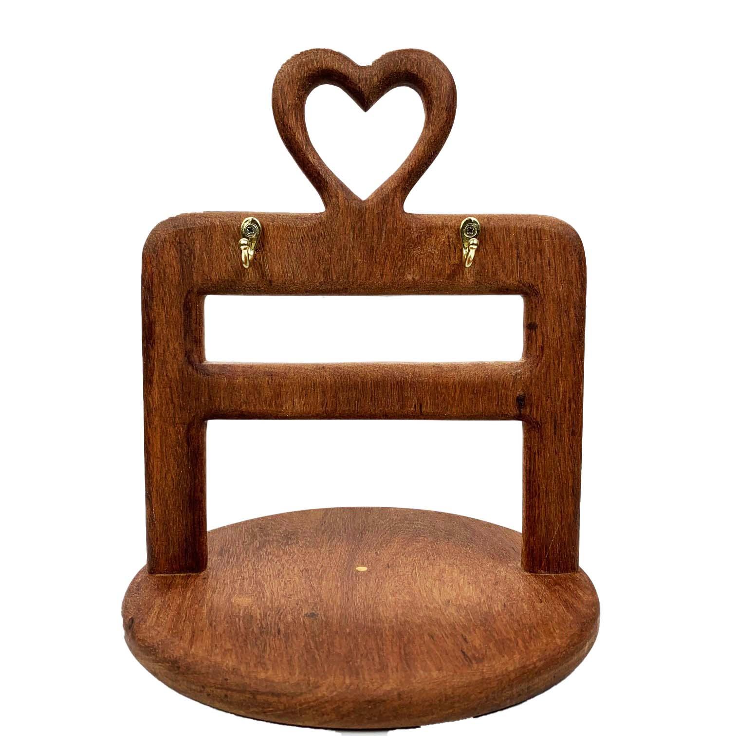 Porta Canecas Hearts em madeira