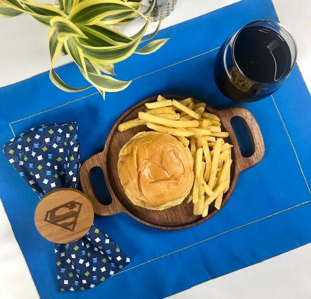 Prato Burger  em Madeira 24,5cm