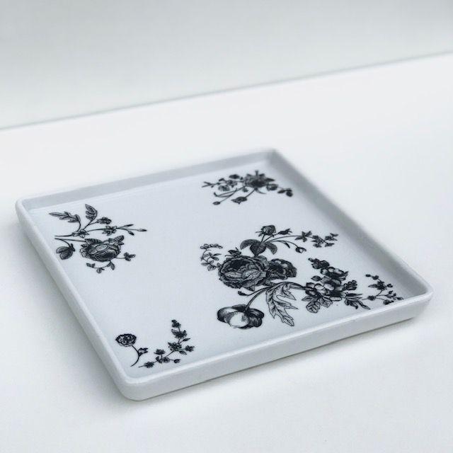 Prato Quadrado Black Flower