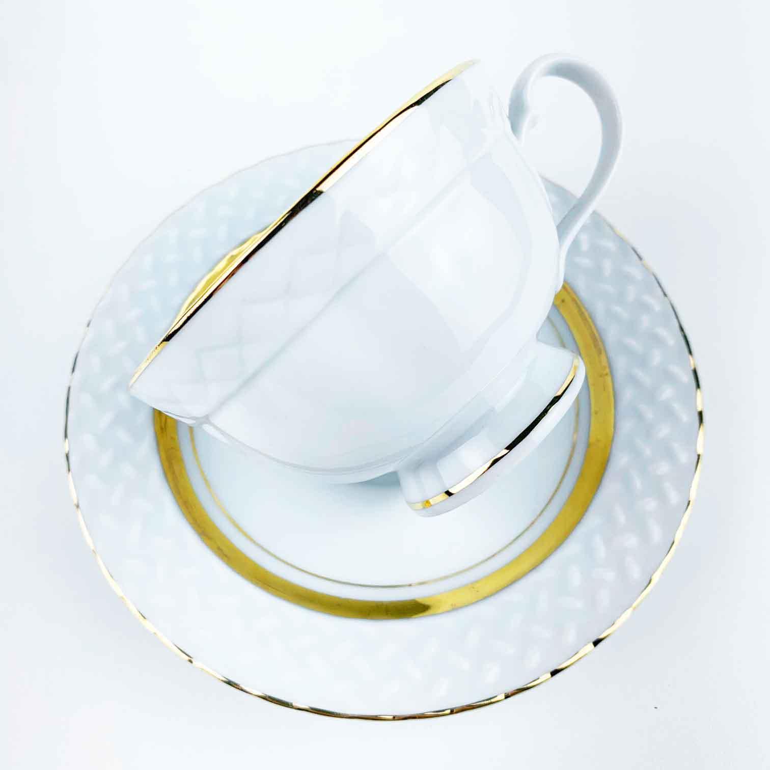 Xícara de Chá Queen Porcelana c/Filetes Ouro