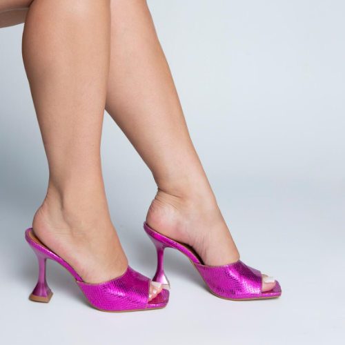 Mule Salto e Bico Quadrado Metalizado Pink
