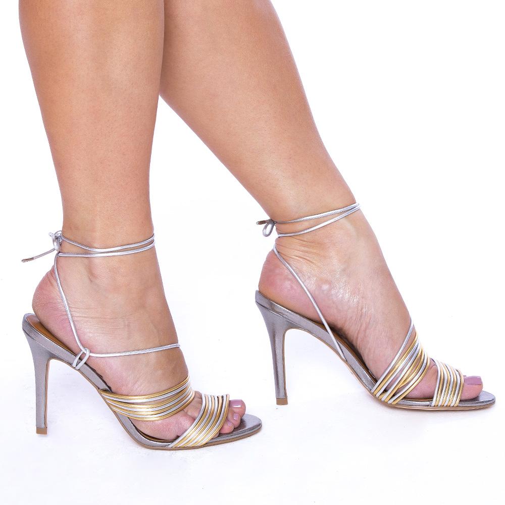 Sandália Tiras com Amarração Salto Fino Ouro/Prata