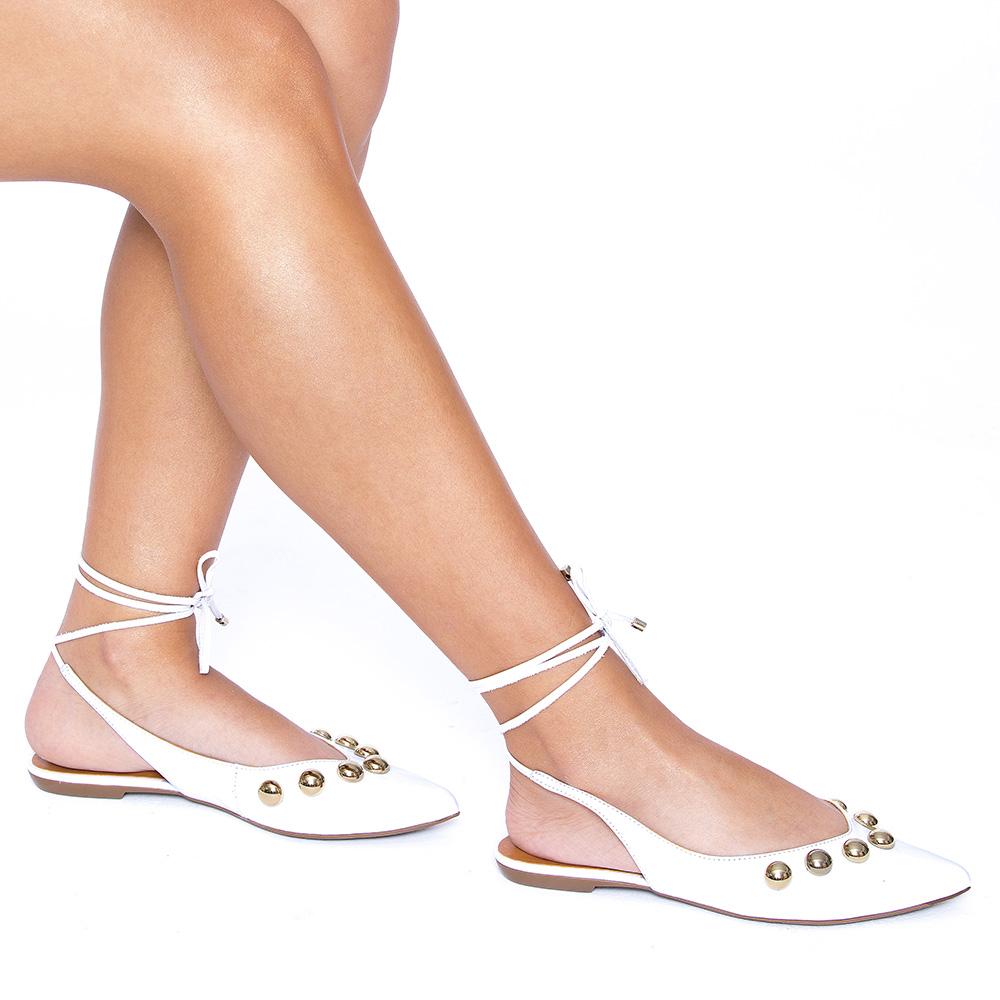 Sapatilha com Amarração e Aplicações Ouro Couro Veneto White