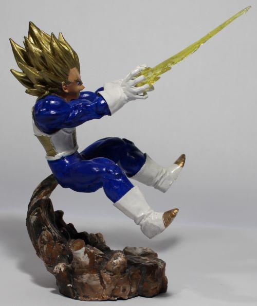 Boneco Dragon Ball Z - Goku Vegeta - Resina Artesanal  - Onda do Pet
