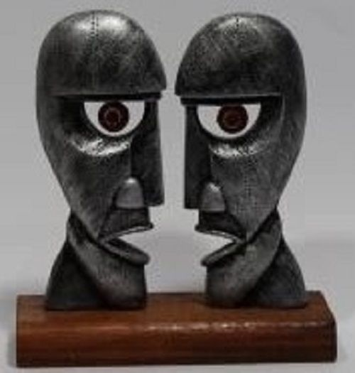 Estátua Pink Floyd - Resina Artesanal - Base Madeira  - Onda do Pet