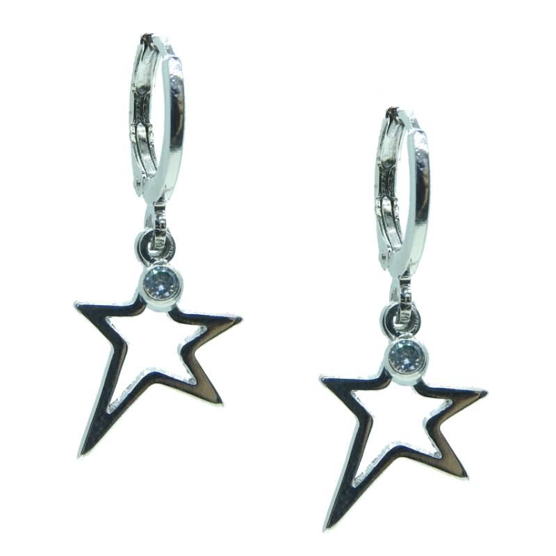 Argola Star, cravejado com diamonic, folheado ródio branco.