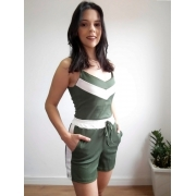 Conjunto feminino de verão verde
