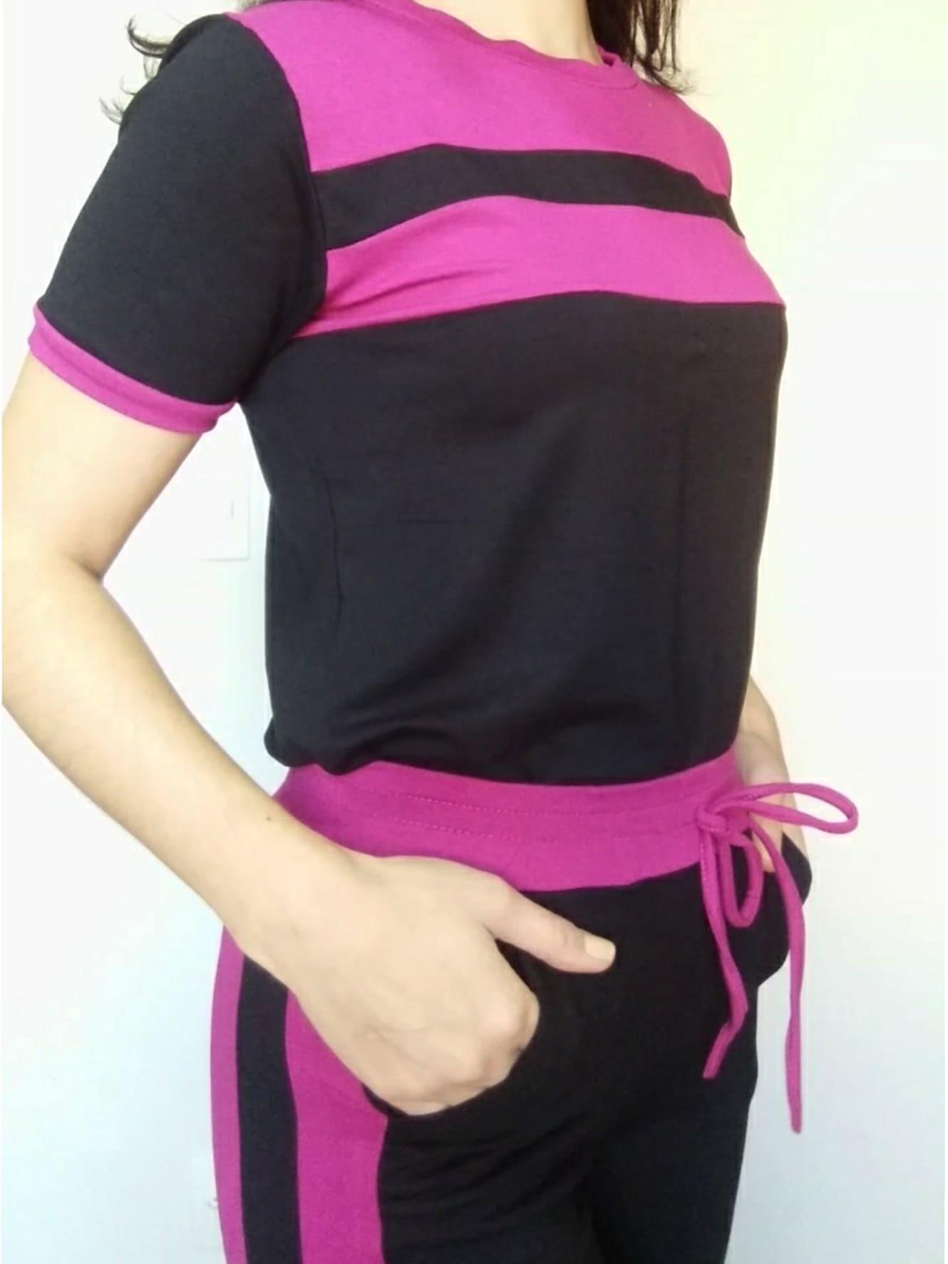 Conjunto t-shirt e calça bicolor rosa